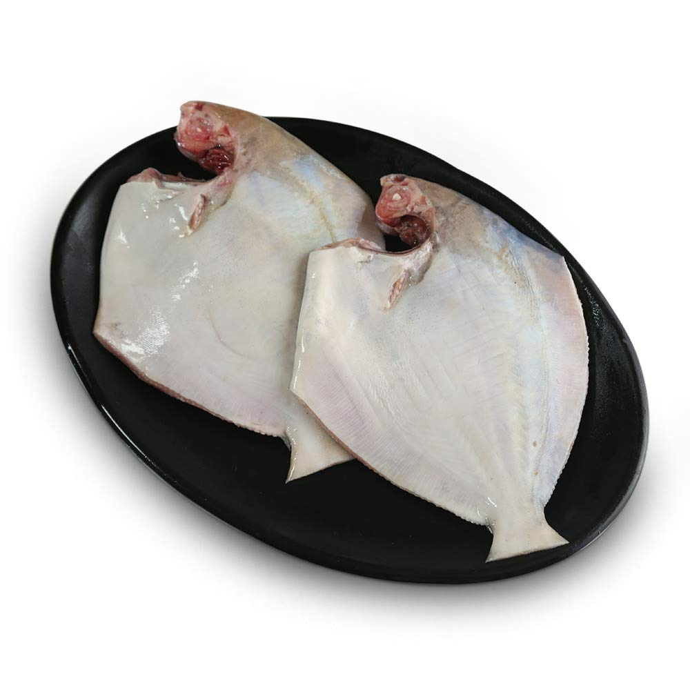 White Pomfret Whole - Cleaned ( Without Cut )